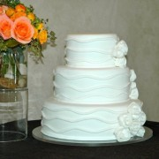 Mixed Arrangement to Compliment Cake